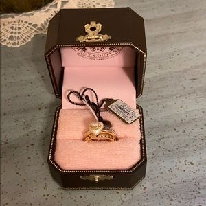 Juicy Couture ring set